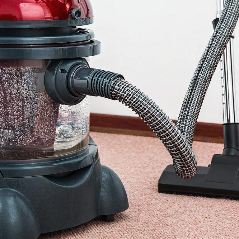 vacuum-cleaner-657719_1280